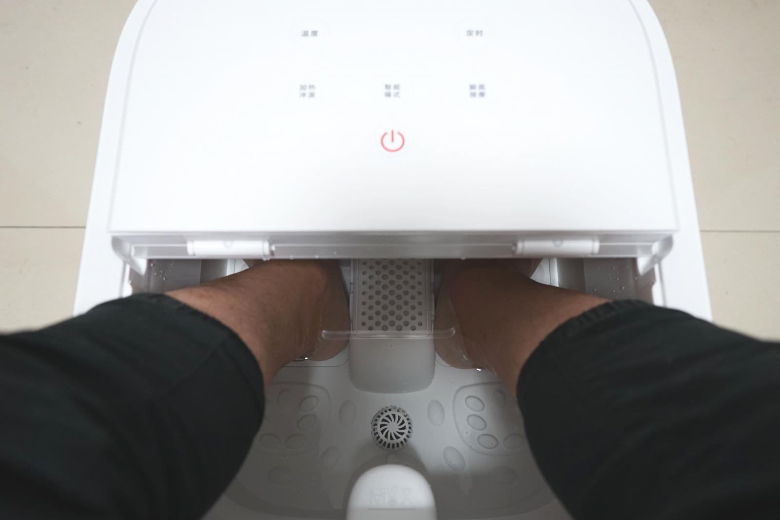 没想到!我也开始了泡脚,小米有品HITH智能足浴器Q1舒服啊