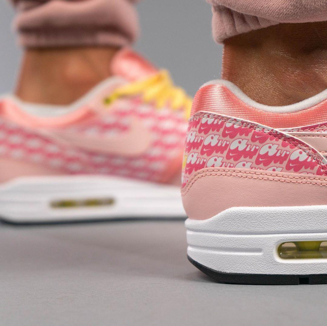 "亲穿预览全新Nike Air Max 1 ""Strawberry Lemonade"""