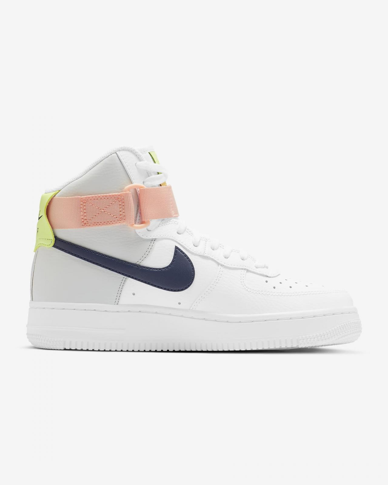 Nike Sportswear推出全新白/光子灰/微黄绿/深藏青色WMNS Air Force 1 High