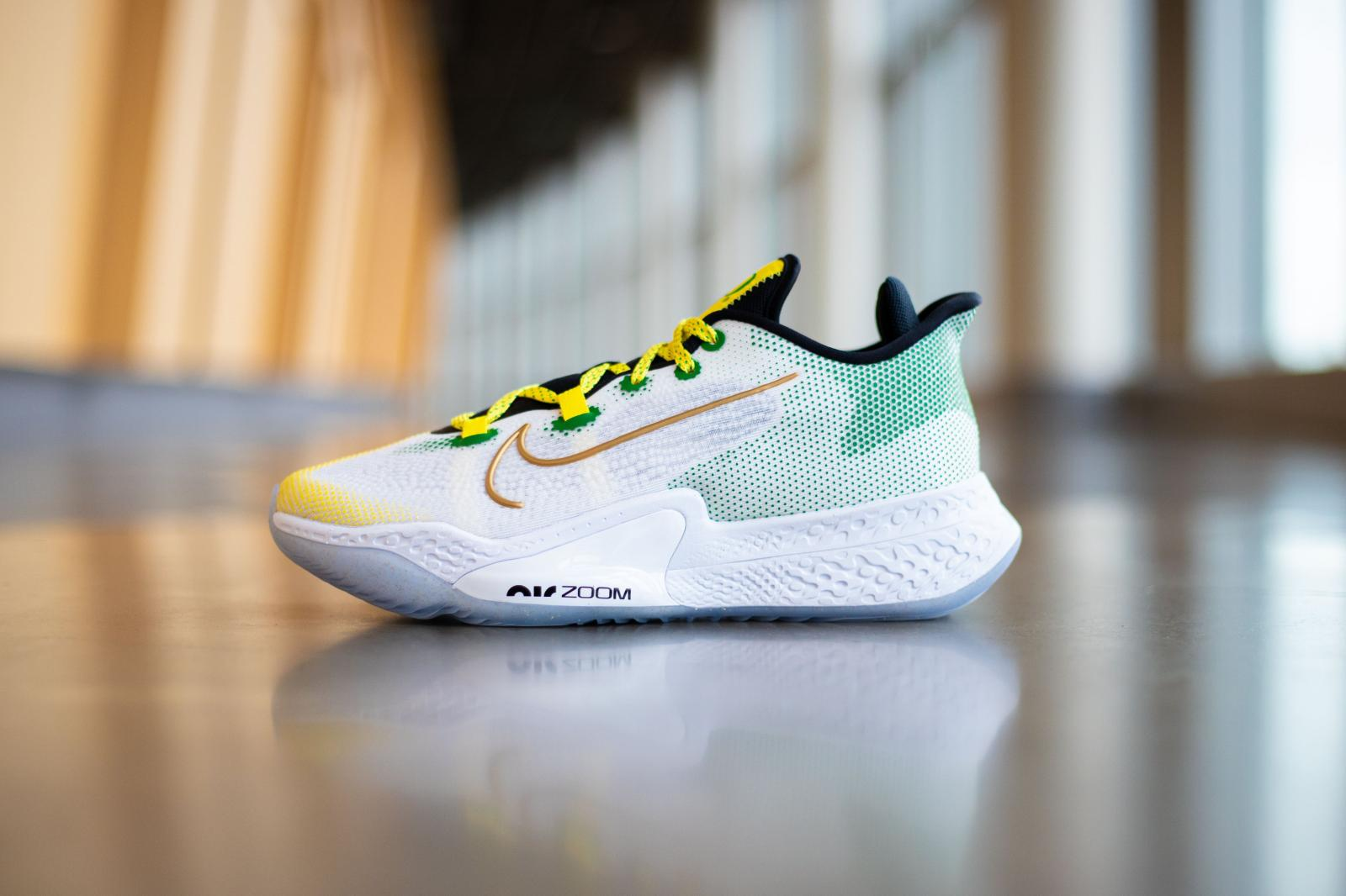 俄勒冈鸭女篮队收获全新Nike Air Zoom BB NXT PE