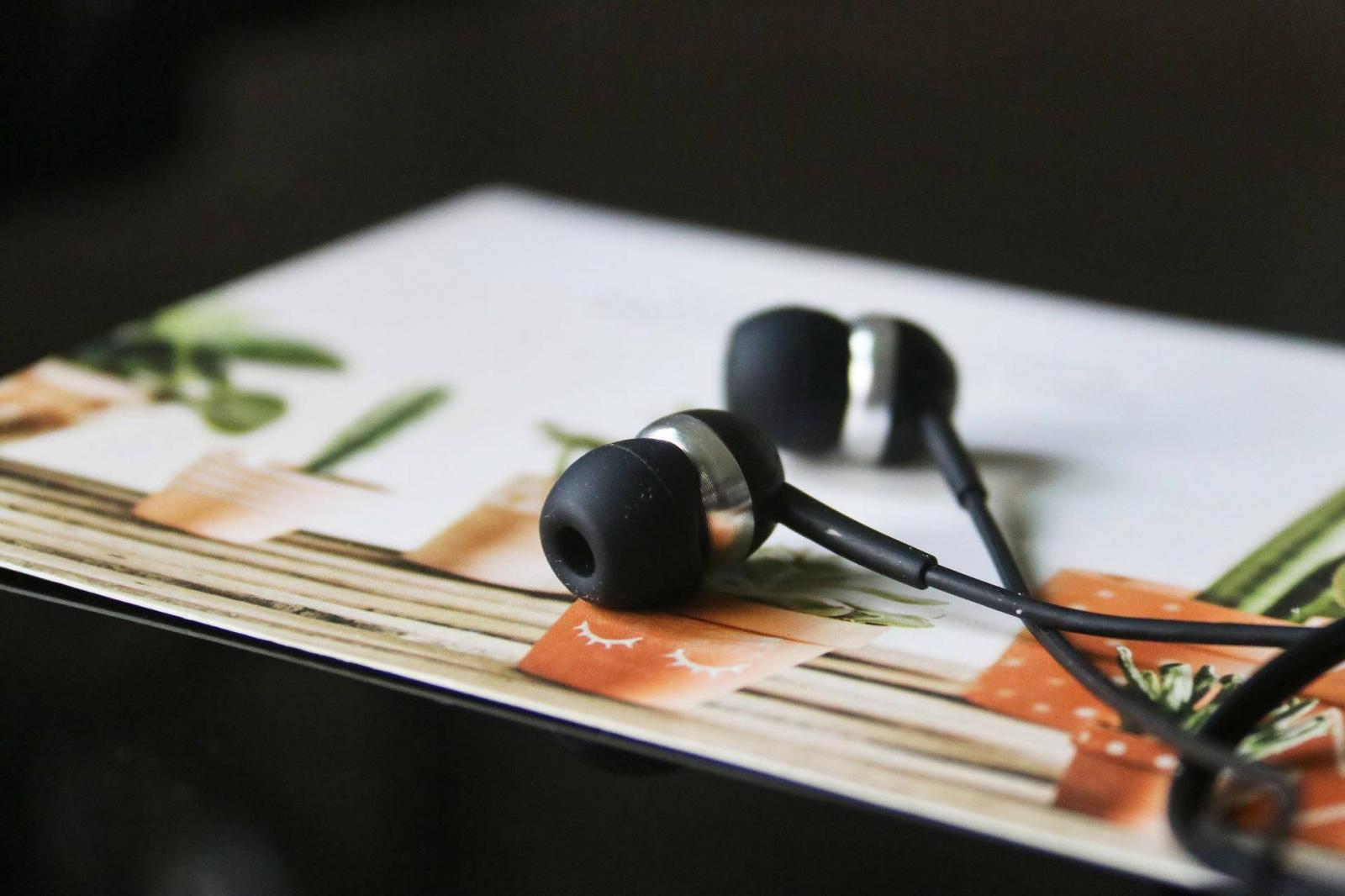 森海塞尔CX80S耳机上手实测,轻音质,听音乐更舒适