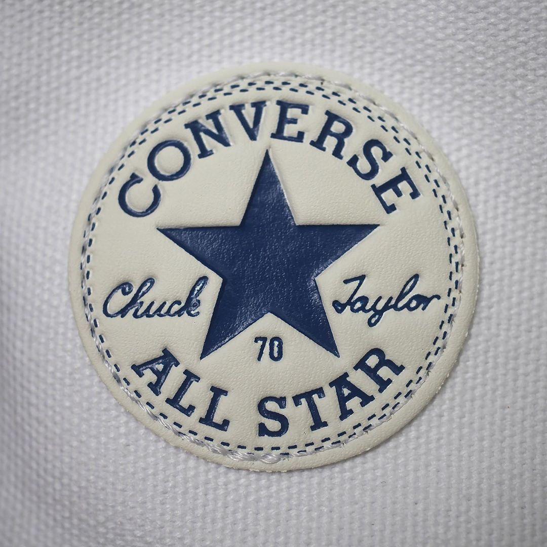 细节实拍展示张艺兴联名设计新款Converse Chuck 70