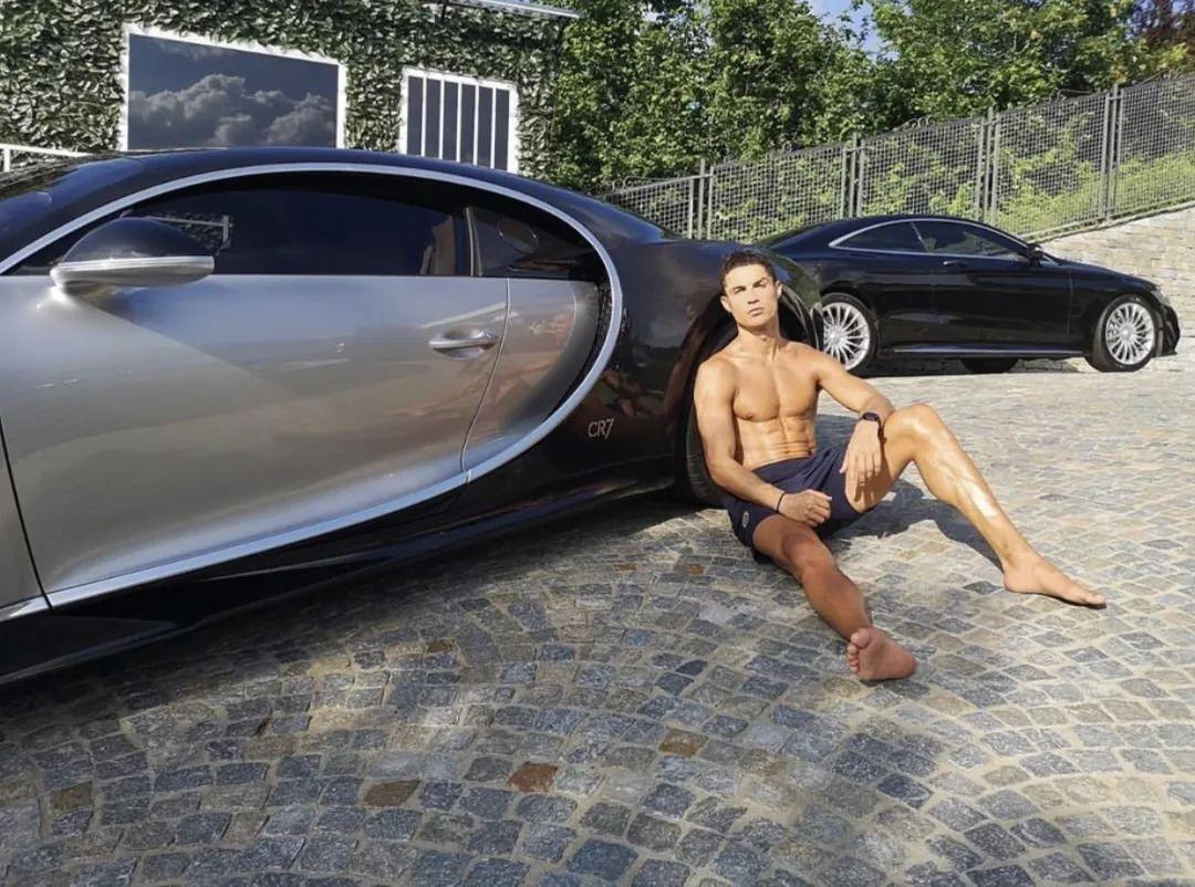 梅西退出巴萨才知道足坛巨星有多富有