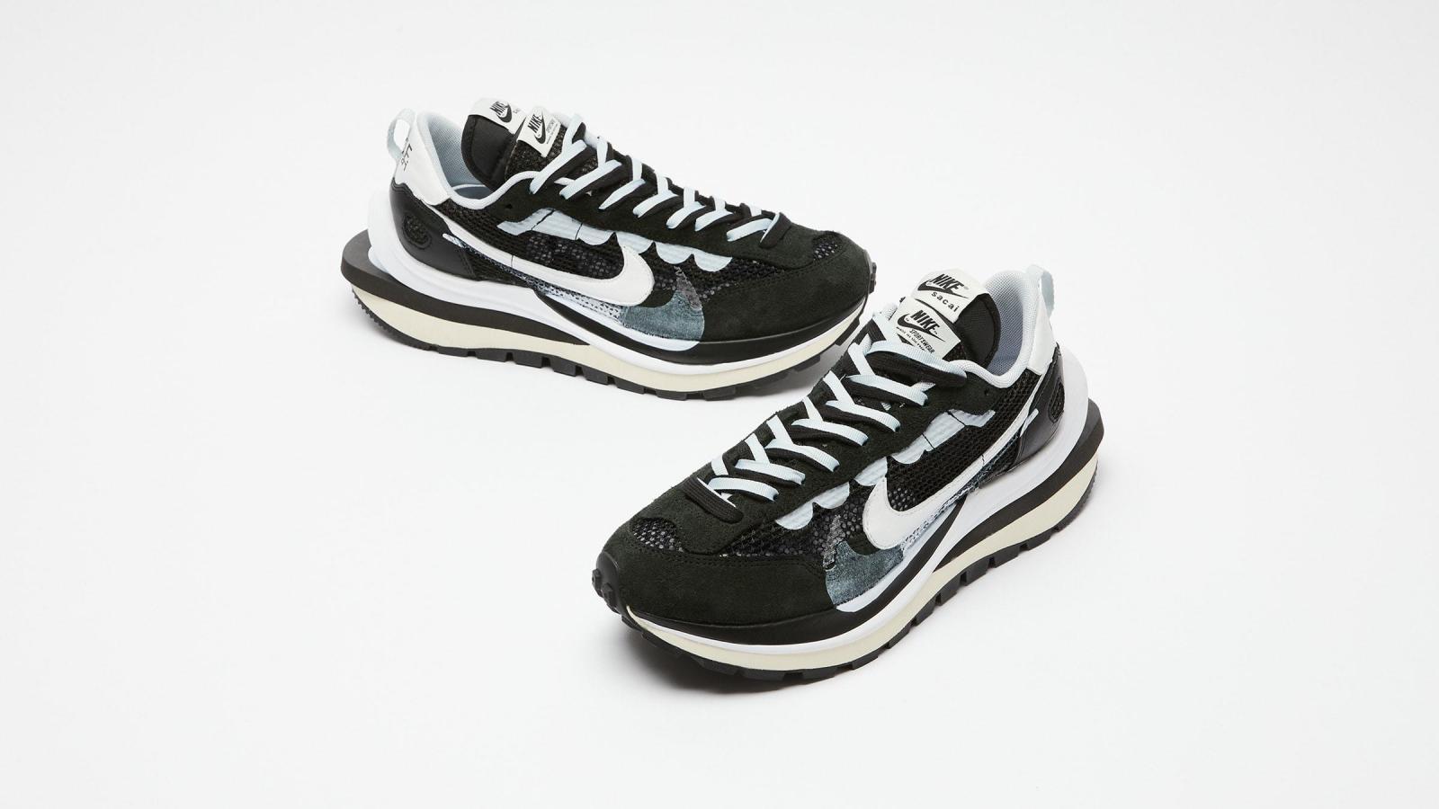实拍展示黑/山峰白色sacai x Nike VaporWaffle