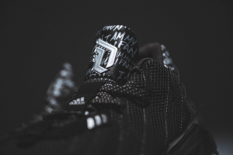 """实拍图赏一号黑/银金属色adidas Dame 7 """"I Am My Own Fan"""""""