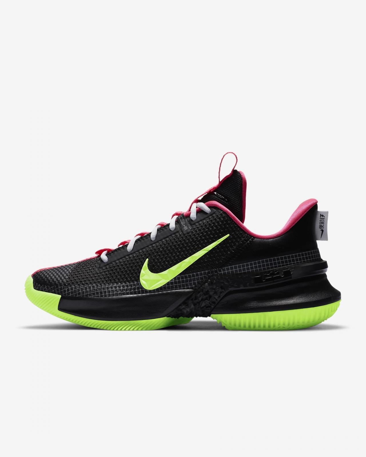Nike Basketball推出黑/透明粉/白/微黄绿色Ambassador XIII