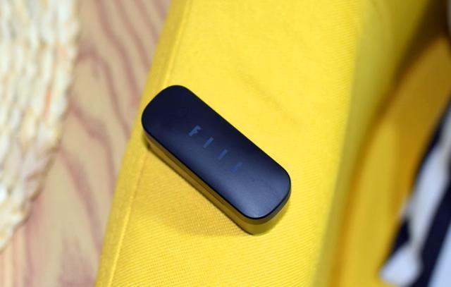性价比之选,199元的FIIL真无线耳机,刷视频更带劲