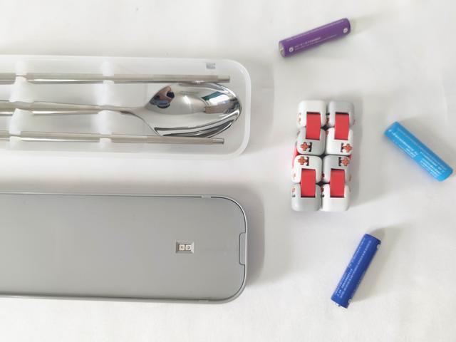 去饭店吃饭,勺筷用开水烫一烫能杀菌吗?真不行!用它99%灭菌