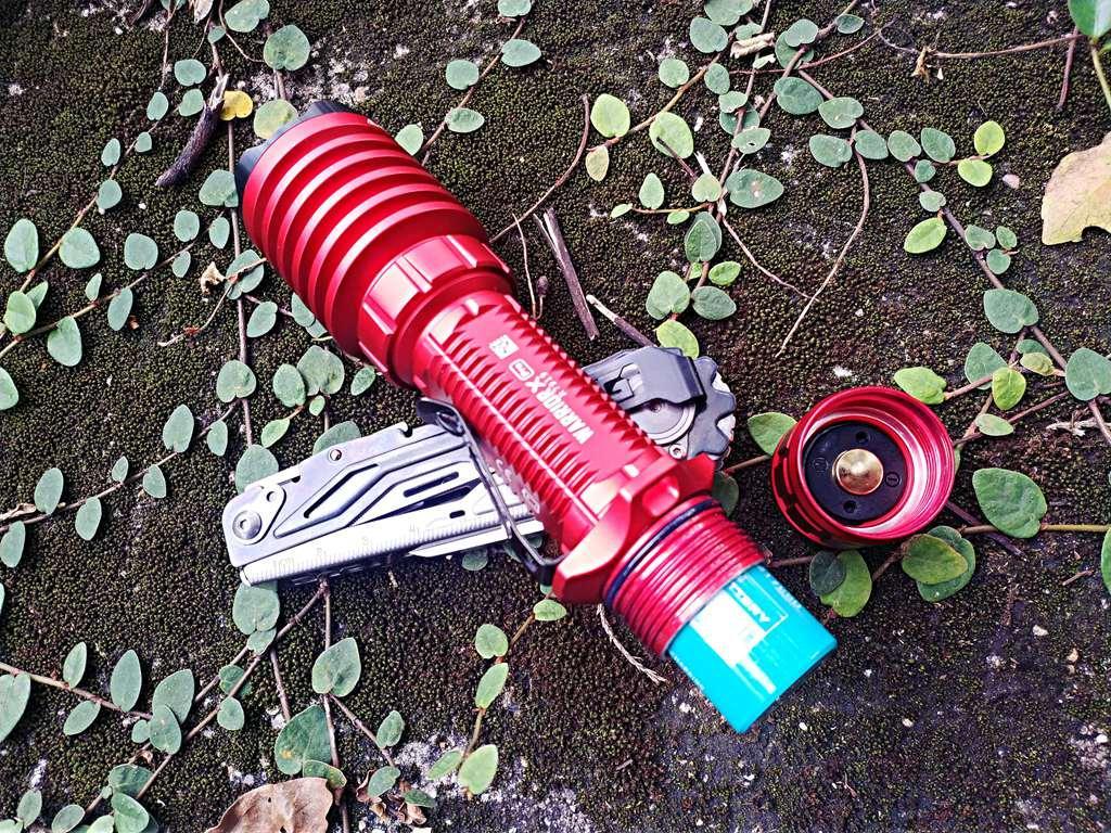 靓丽战士-OLIGHT傲雷武士X Pro远射战术手电(骚红版)体验