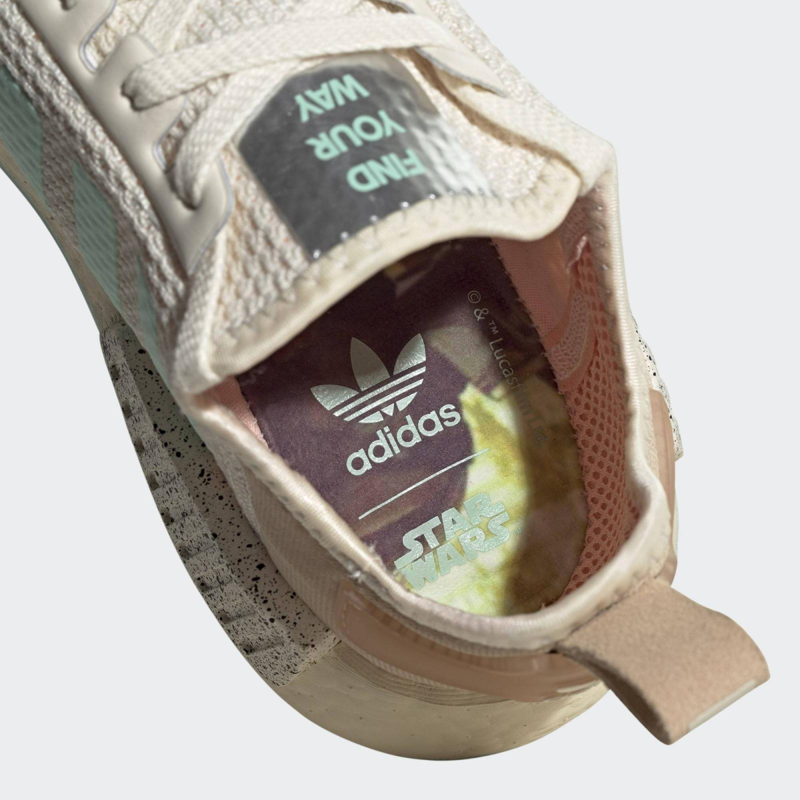 adidas Originals发布全新The Mandalorian™系列NMD_R1 The Chid - Find Your Way