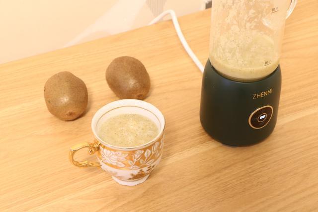 营养早餐小助手,豆浆、果汁、米糊任您选,轻松搞定全家早餐饮品