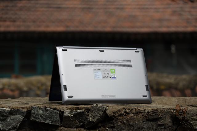 「科技犬」4500以内值得买笔记本盘点:轻薄便携 入职必备