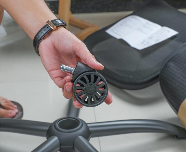 是营销过度还是真有实力?网易严选人体工学椅值得买吗?