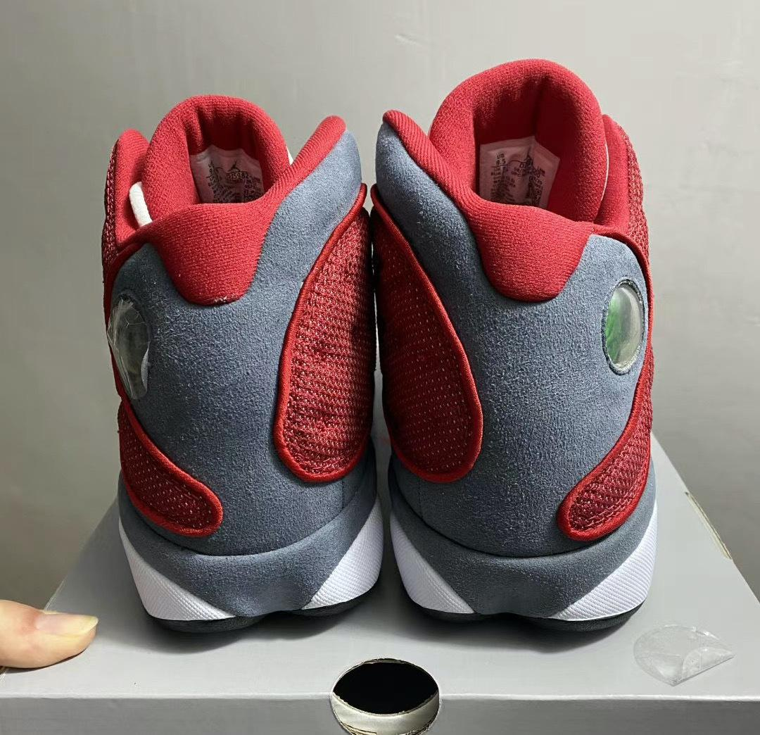 健身红/燧石灰/白/黑色Air Jordan XIII Retro曝光新谍照