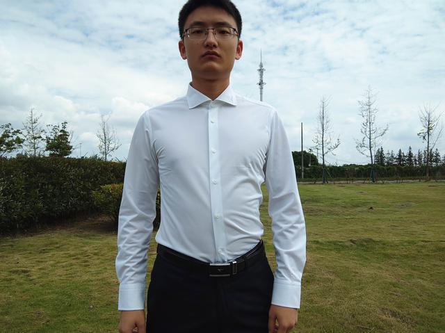 码尚定制四面弹衬衫:柔软亲肤,抗皱易打理,精致生活如此简单