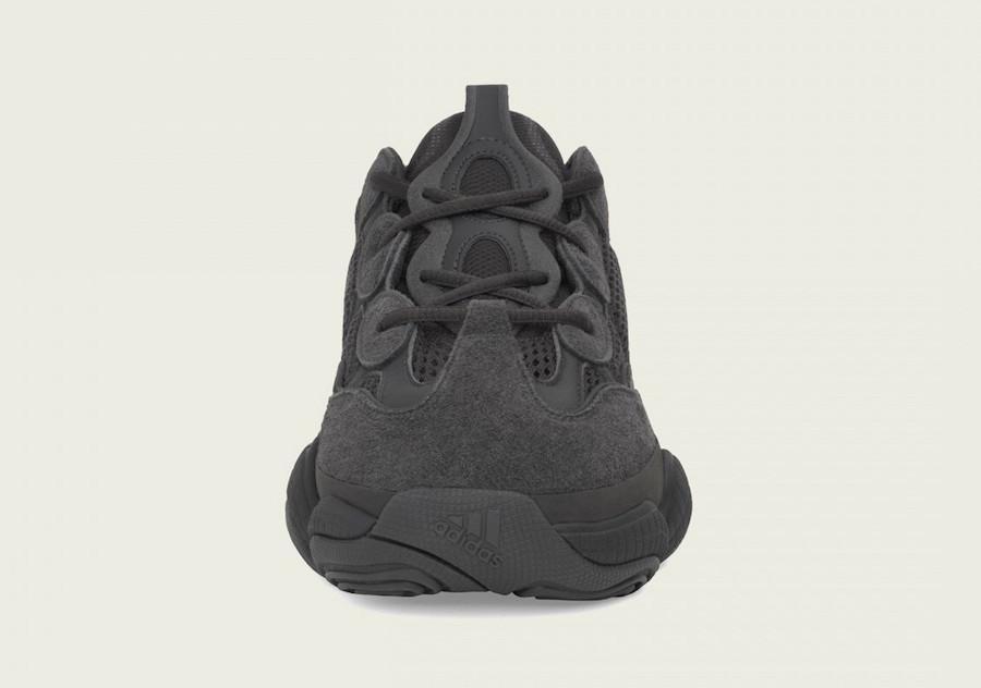 """Utility Black""配色adidas YEEZY 500或将补货上架"