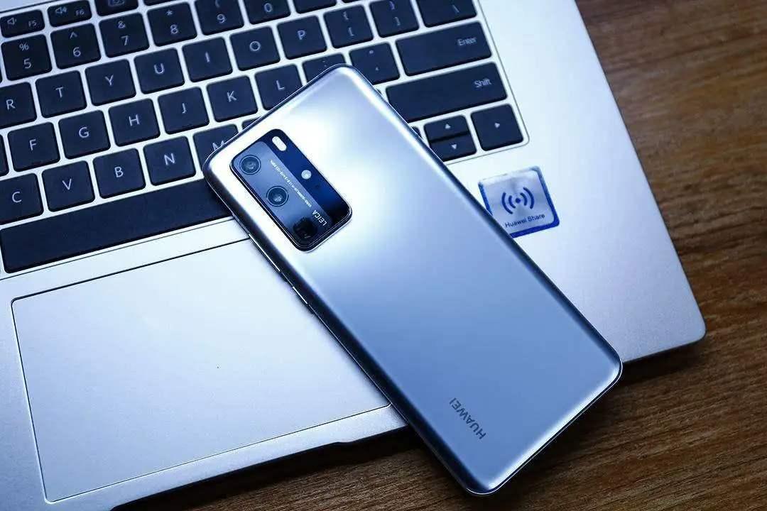 手机大厂的傲慢?为什么许多旗舰手机不带红外遥控功能?