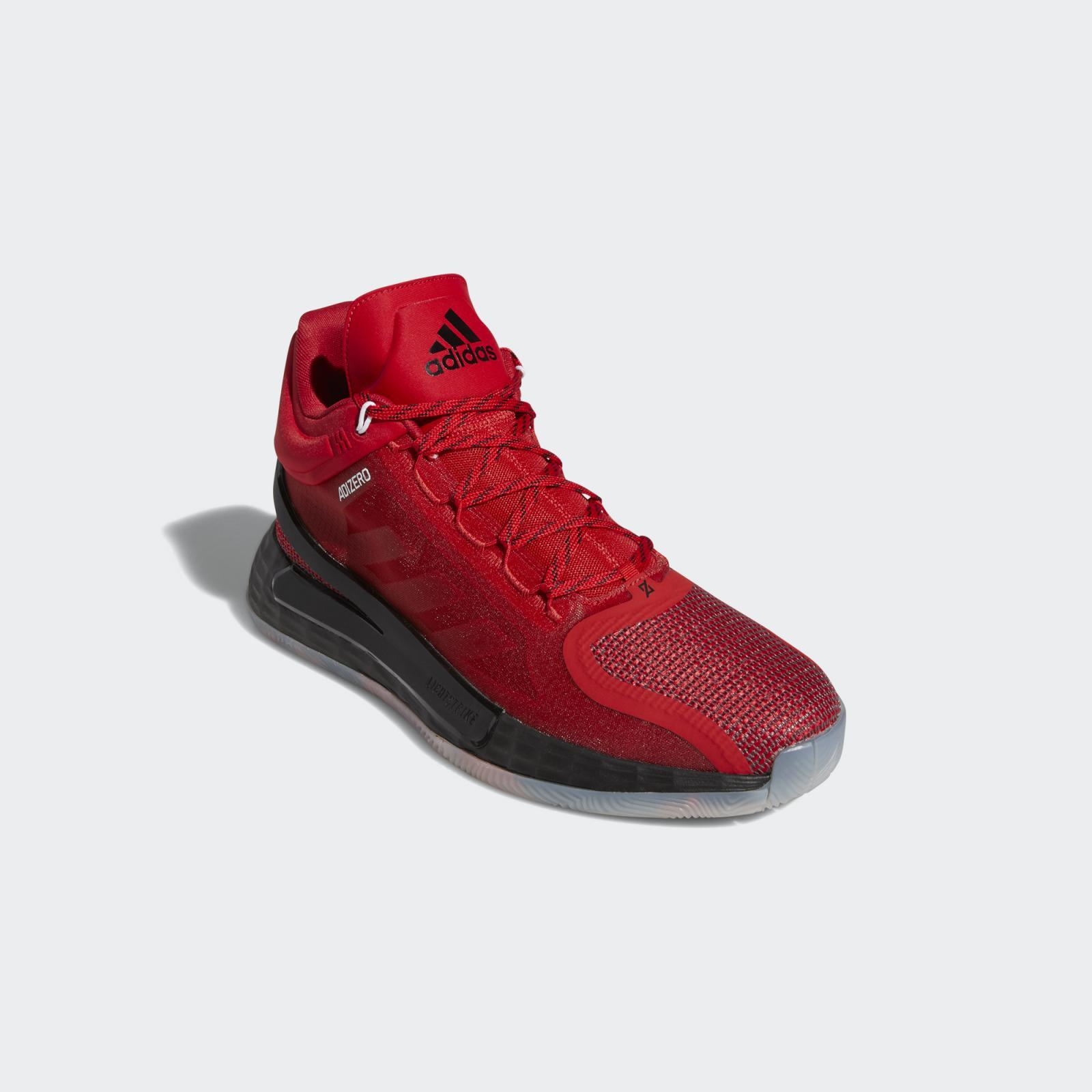 adidas Basketball推出全新浅猩红/一号黑/基督红色D Rose 11